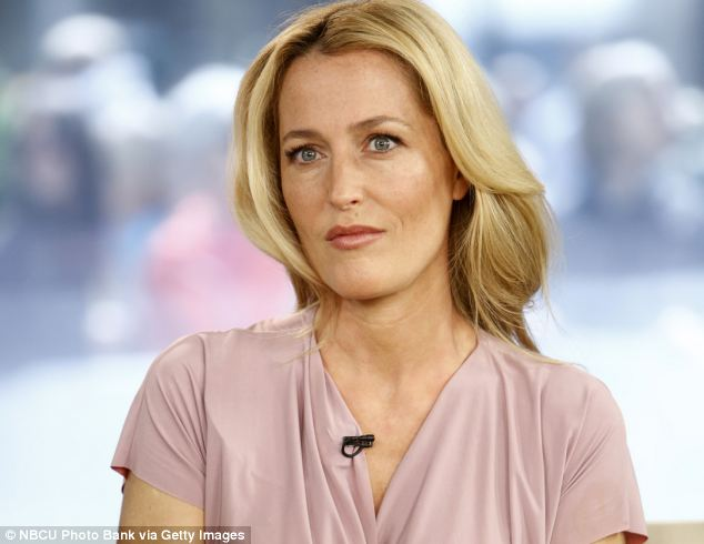 Gillian Anderson appears in new thriller The Fall