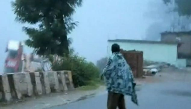 House falls into river during Indian floods