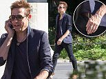 EXCLUSIVE: Jamie Hince spotted in NYC without his wedding ring.  Jamie was spotted making his way through Washington Square Park on Friday afternoon in NYC.  Jamie can clearly be seen not wearing his wedding ring.\n\nPictured: Jamie Hince\nRef: SPL1129981  180915   EXCLUSIVE\nPicture by: Splash News\n\nSplash News and Pictures\nLos Angeles: 310-821-2666\nNew York: 212-619-2666\nLondon: 870-934-2666\nphotodesk@splashnews.com\n