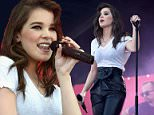 LAS VEGAS, NV - SEPTEMBER 19:  Actress/singer Hailee Steinfeld performs onstage at The Daytime Village during the 2015 iHeartRadio Music Festival at the Las Vegas Village on September 19, 2015 in Las Vegas, Nevada.  (Photo by Kevin Mazur/WireImage)