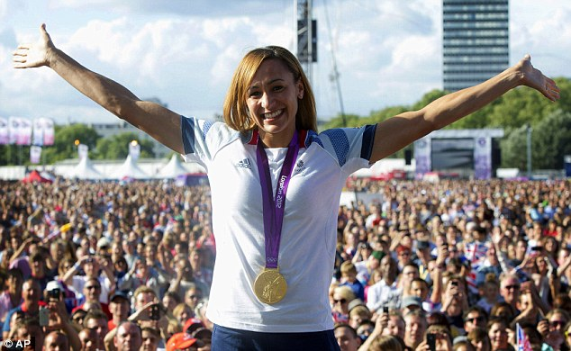 Look what I've got: Jessica Ennis shows off her gold medal to delighted fans