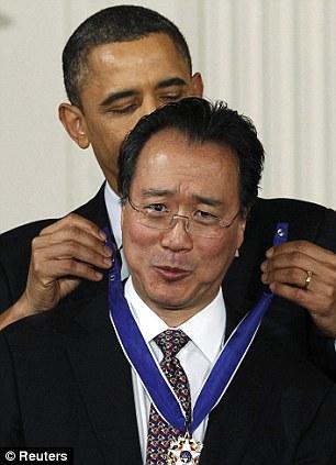 U.S. President Barack Obama awards the Medal of Freedom to cellist Yo-Yo Ma