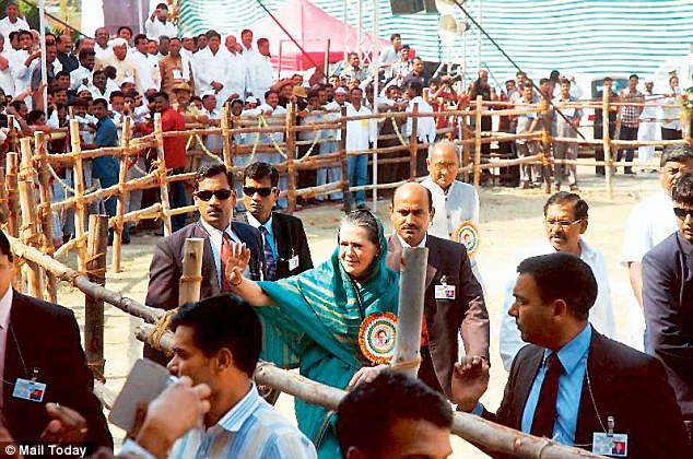 On the trail: UPA chairperson Sonia Gandhi at a Congress rally in north Karnataka's Gulbarga town