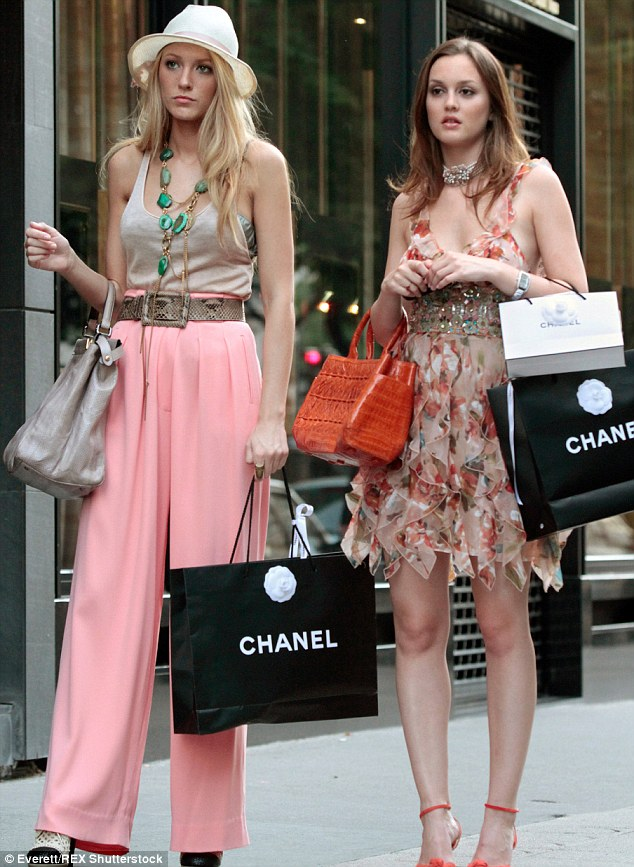 Hit show: Leighton with her co-star Blake Lively on the set of Gossip Girl in 2010