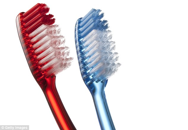 NHS suggests that we close the lid before flushing and store toothbrushes upright