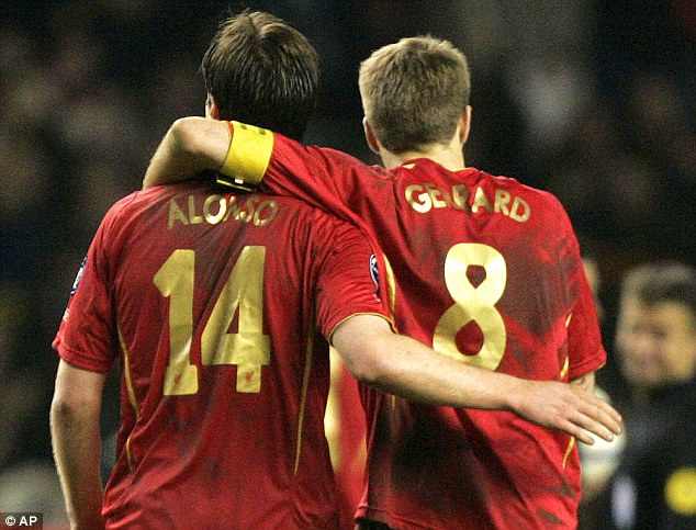 Gerrard could not believe that Rafa Benitez sanctioned the sale of Alonso to Real Madrid back in 2009