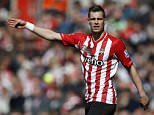 SOUTHAMPTON, ENGLAND - APRIL 11: Morgan Schneiderlin of Southampton gives instructions during the Barclays Premier League match between Southampton and Hull City at St Mary's Stadium on April 11, 2015 in Southampton, England. (Photo by Steve Bardens/Getty Images)