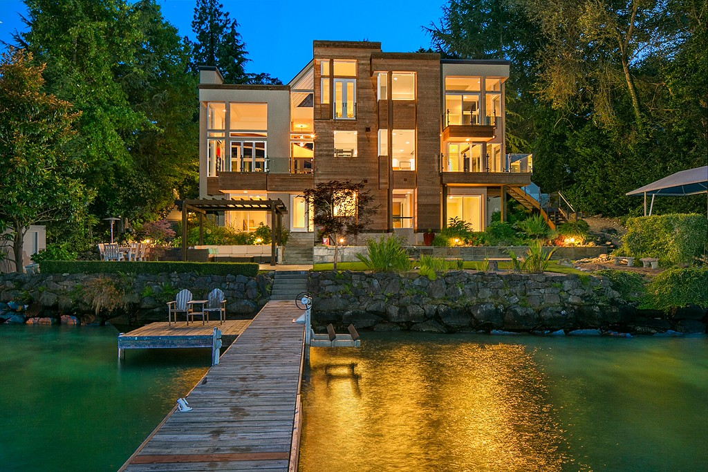 $6,300,000 - 4Br/5Ba -  for Sale in North End, Mercer Island