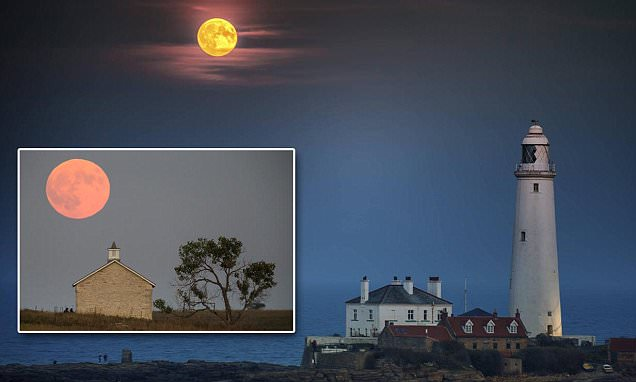Blood red supermoon to paint the sky red as people witness lunar eclipse