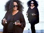 West Hollywood, CA - Legendary singer, Diana Ross, seen giving a $5 tip to a Bristol Farm's employee who was loading her car with her groceries.\nAKM-GSI         July 28, 2015\nTo License These Photos, Please Contact :\nSteve Ginsburg\n(310) 505-8447\n(323) 423-9397\nsteve@akmgsi.com\nsales@akmgsi.com\nor\nMaria Buda\n(917) 242-1505\nmbuda@akmgsi.com\nginsburgspalyinc@gmail.com