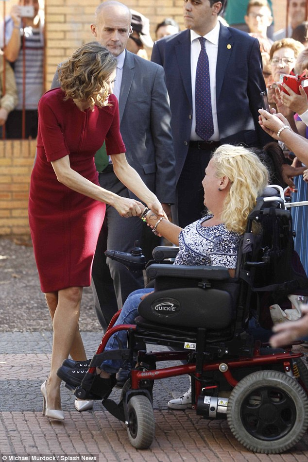 Letizia made time to greet her adoring fans, including one woman in a wheelchair
