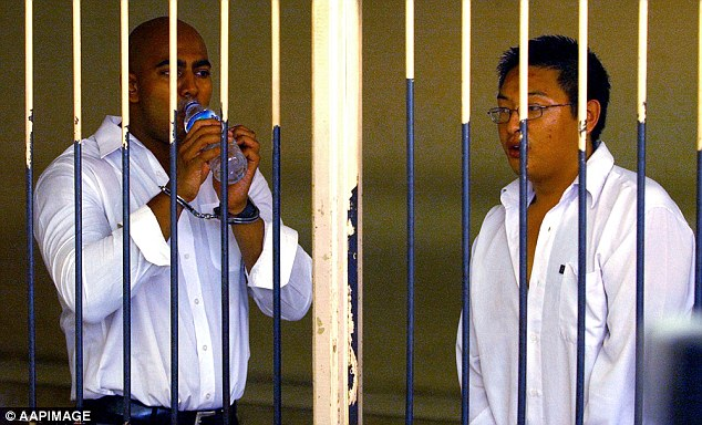 Bali Nine duo Myuran Sukumaran (left) and Andrew Chan (right) could be executed by the end of the month