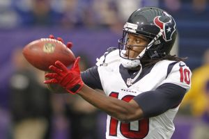 As Texans' losses mount, DeAndre Hopkins leads NFL in catches, yards - Photo