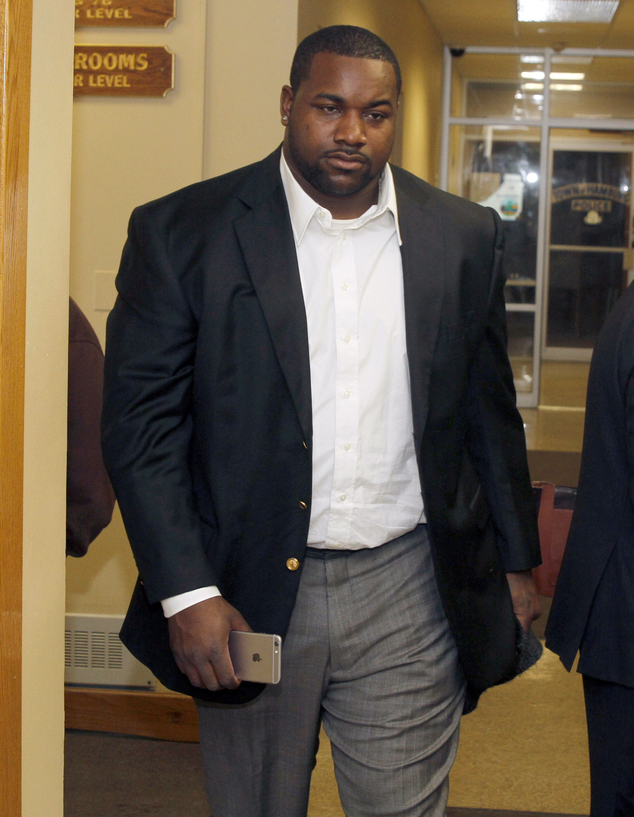 Buffalo Bills defensive tackle Marcell Dareus leaves Hamburg Town Court after a hearing, Tuesday. Feb. 10, 2015, in Hamburg, N.Y. Dareus will stand trial for...