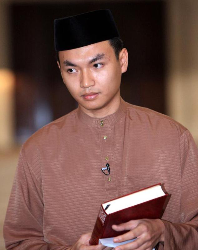 """Malaysia's Federal Court ruled that Mohamad Saiful Bukhari Azlan -- a former aide to Anwar Ibrahim -- gave """"credible"""" evidence during a 2008 sodomy trial in Kuala Lumpur"""