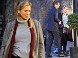 October 13, 2015: October 13, 2015  Ren»e Zellweger and Colin Firth seen on set of Bridget Jones's Baby in London.  Non Exclusive Worldwide Rights Pictures by : FameFlynet UK © 2015 Tel : +44 (0)20 3551 5049 Email : info@fameflynet.uk.com
