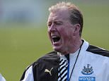 NEWCASTLE UPON TYNE, ENGLAND - OCTOBER 15: Newcastle Head Coach Steve McClaren shouts out during the Newcastle United Training session at The Newcastle United Training Centre on October 15, 2015, in Newcastle upon Tyne, England. (Photo by Serena Taylor/Newcastle United via Getty Images)