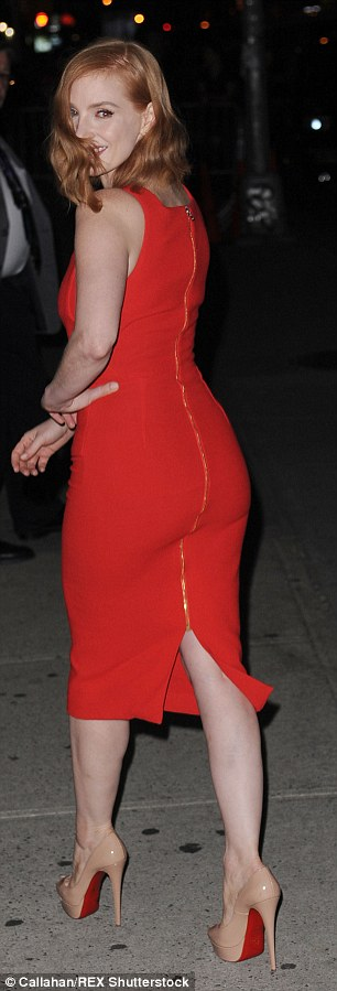 Fabulous figure: The 38-year-old actress scintillated in a clinging red number