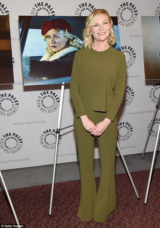 Complimentary style: Kirsten's outfit showed off her slender figure and made her fair complexion glow