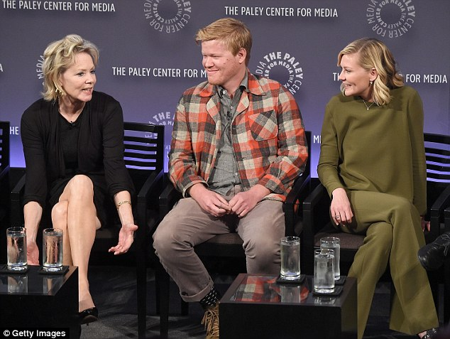 They all get along so well: Kirsten listened in as Jean Smart shared a story