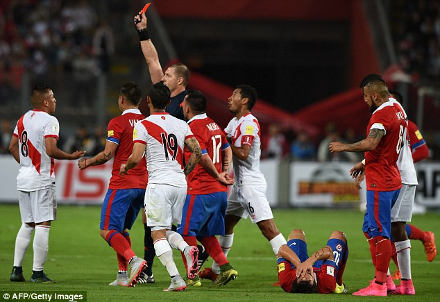 Peru were down to 10 men after only 23 minutes when Christian Cueva was sent off for kicking Jorge Valdivia