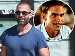 SEANN WILLIAM SCOTT GOES GROCERY SHOPPING Caption: 15.OCT.2015 - MAILBU - USA\n\n*AVAILABLE FOR UK SALE ONLY*\n\nACTOR SEANN WILLIAM SCOTT GOES GROCERY SHOPPING AT VINTAGE GROCERS IN MALIBU\n\nBYLINE MUST READ : XPOSUREPHOTOS.COM\n\n***UK CLIENTS - PICTURES CONTAINING CHILDREN PLEASE PIXELATE FACE PRIOR TO PUBLICATION ***\n\n*UK CLIENTS MUST CALL PRIOR TO TV OR ONLINE USAGE PLEASE TELEPHONE 0208 344 2007* Photographer: XPOSUREPHOTOS.COM\n Loaded on 19/10/2015 at 06:44 Copyright:  Provider: KSJ  Properties: RGB JPEG Image (38738K 1551K 25:1) 2799w x 4724h at 300 x 300 dpi  Routing: DM News : News (EmailIn) DM Showbiz : SHOWBIZ (Miscellaneous) DM Online : Online Previews (Miscellaneous), CMS Out (Miscellaneous)