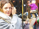 18.OCT.2015 - LOS ANGELES - USA\n***AVAILABLE FOR UK AND GERMANY SALE ONLY ***\n**EXCLUSIVE ALL ROUND PICTURES**\nDREW BARRYMORE AND WILL KOPELMAN ENJOY A CHILLY DAY IN NEW YORK WITH THEIR FAMILY AND KIDS.  BEAUTIFUL DREW WENT MAKEUP-FREE AS SHE AND HER HUSBAND VISITED FAMILY, ALONG WITH THEIR BEAUTIFUL CHILDREN, OLIVE AND FRANKIE. \nBYLINE MUST READ: XPOSUREPHOTOS.COM\n***UK CLIENTS - PICTURES CONTAINING CHILDREN PLEASE PIXELATE FACE PRIOR TO PUBLICATION ***\n*UK CLIENTS MUST CALL PRIOR TO TV OR ONLINE USAGE PLEASE TELEPHONE 0208 344 2007*