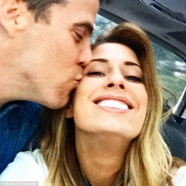 Earlier in the day on Saturday, Steve-O uploaded a shot of himself kissing his new girlfriend on the cheek