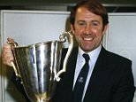 Sport, Football, pic: 15th May 1985, European Cup Winners Cup Final, Rotterdam, Everton 3 v Rapid Vienna 1, Everton Manager Howard Kendall with the Cup Winners Cup, In a successful 1st term as Everton Manager Howard Kendall won 2 League Championships, FA,Cup and European Cup Winners Cup  (Photo by Bob Thomas/Getty Images)