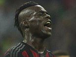 MILAN, ITALY - SEPTEMBER 13:  Mario Balotelli of AC Milan reacts to a missed chance during the Serie A match between FC Internazionale Milano and AC Milan at Stadio Giuseppe Meazza on September 13, 2015 in Milan, Italy.  (Photo by Marco Luzzani/Getty Images)
