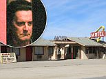 UK CLIENTS MUST CREDIT: AKM-GSI ONLY\nEXCLUSIVE: Twin Peaks is coming back! The hit drama is returning to life 25 years later thanks to Showtime. The cast was seen shooting scenes in the Mojave Desert this afternoon.