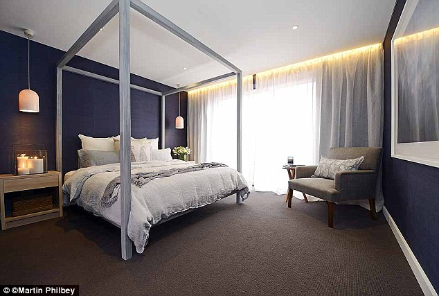 Polarising! Nicole thought the four poster bed in Dea and Daz's room could polarise buyers, which is exactly what it did to the other teams