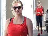 EXCLUSIVE: Kate Upton leaves gym in Los Angeles, CA  Pictured: Kate Upton Ref: SPL1161955  261015   EXCLUSIVE Picture by: DutchLabUSA / Splash News  Splash News and Pictures Los Angeles: 310-821-2666 New York: 212-619-2666 London: 870-934-2666 photodesk@splashnews.com