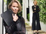 28 OCTOBER 2015 SYDNEY AUSTRALIA\nEXCLUSIVE PICTURES\nLara Worthington pictured during at photoshoot in Darling Point.\nEXCLUSIVE\n28 October 2015\n©MEDIA-MODE.COM