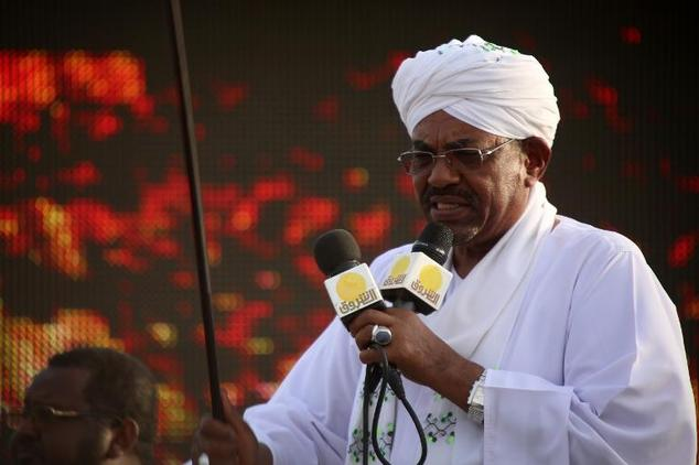Sudan's incumbent president Omar al-Bashir gives a speech on March 31, 2015 in the capital Khartoum, during a campaign meeting ahead of the April 13 parliame...
