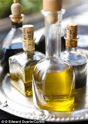 Olive oil in the Mediterranean diet leads to a reduced risk of diabetes and heart disease