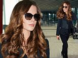 Kate Beckinsale flies out of Heathrow Airport to Los Angeles  Pictured: Kate Beckinsale Ref: SPL1165100  021115   Picture by: Splash News  Splash News and Pictures Los Angeles: 310-821-2666 New York: 212-619-2666 London: 870-934-2666 photodesk@splashnews.com