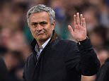 LONDON, ENGLAND - NOVEMBER 04:  Jose Mourinho the manager of Chelsea gestures during the UEFA Champions League Group G match between Chelsea FC and FC Dynamo Kyiv at Stamford Bridge on November 4, 2015 in London, United Kingdom.  (Photo by Mike Hewitt/Getty Images)