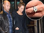 EXCLUSIVE: ***PREMIUM EXCLUSIVE RATES APPLY*** New York Yankee Derek Jeter and model Hannah Davis seen in Midtown on November 2, 2015 in New York City.   Pictured: Derek Jeter and Hannah Davis Ref: SPL1166500  051115   EXCLUSIVE Picture by: 247PAPS.TV / SPLASH NEWS  Splash News and Pictures Los Angeles: 310-821-2666 New York: 212-619-2666 London: 870-934-2666 photodesk@splashnews.com
