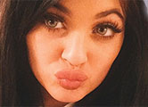 Kylie reveals it takes 40 MINUTES to draw on pout