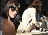 *** Fee of £150 applies for subscription clients to use images before 22.00 on 101115 ***\nEXCLUSIVE ALLROUNDERSelma Blair has a coffee and shares some lunch with her cute Chihuahua\nFeaturing: Selma Blair\nWhere: Los Angeles, California, United States\nWhen: 09 Nov 2015\nCredit: WENN.com