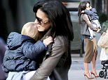 9.NOV.2015 - NEW YORK CITY - USA ***AVAILABLE FOR UK AND GERMANY SALE ONLY *** HILARIA THOMAS STOPS TO CHAT WITH SOME FRIENDS WHILE OUT WITH HER DAUGHTER CARMEN BALDWIN IN NEW YORK CITY BYLINE MUST READ: XPOSUREPHOTOS.COM ***UK CLIENTS - PICTURES CONTAINING CHILDREN PLEASE PIXELATE FACE PRIOR TO PUBLICATION *** *UK CLIENTS MUST CALL PRIOR TO TV OR ONLINE USAGE PLEASE TELEPHONE 0208 344 2007*
