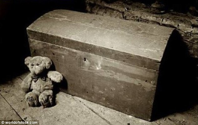This 'conjure chest' is said to have caused the death of 17 people close to a slave master who murdered a slave, causing her fellow slaves to have a conjurer curse it