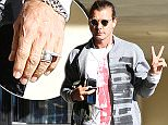 15.NOV.2015 - LOS ANGELES - USA ***AVAILABLE FOR UK AND GERMANY SALE ONLY *** **Exclusive all round pictures** Gavin Rossdale replaces his wedding band with an unusual ring as the recently single father-of-three is spotted visiting a coffee shop while his ex Gwen took their kids to church. BYLINE MUST READ: XPOSUREPHOTOS.COM ***UK CLIENTS - PICTURES CONTAINING CHILDREN PLEASE PIXELATE FACE PRIOR TO PUBLICATION *** *UK CLIENTS MUST CALL PRIOR TO TV OR ONLINE USAGE PLEASE TELEPHONE 0208 344 2007*