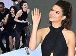 MELBOURNE, AUSTRALIA - NOVEMBER 18:  Kendall Jenner and Kylie Jenner arrive at Chadstone Shopping Centre on November 18, 2015 in Melbourne, Australia.  (Photo by Scott Barbour/Getty Images)