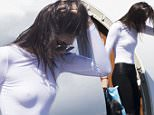 KENDALL AND KYLIE JENNER ARRIVE IN MELBOURNE ON A PRIVATE JET\n18 November 2015\n©MEDIA-MODE.COM