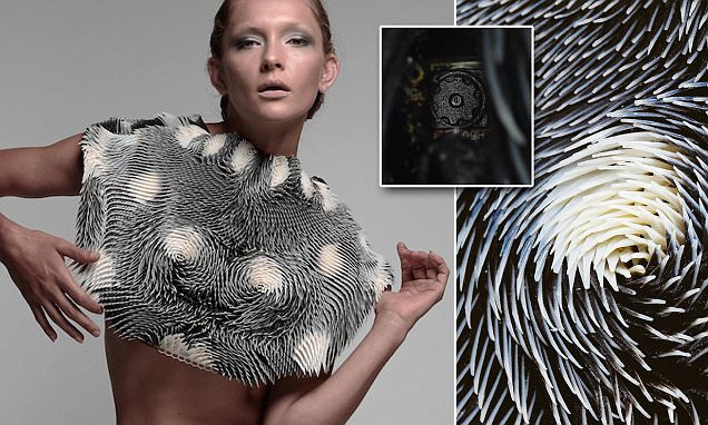 Behnaz Farahi's 3D printed outfit changes shape when men stare at it