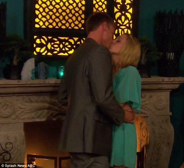 'The devil is gone': Vienna and Kasey pucker up in celebration after Jake made his exit