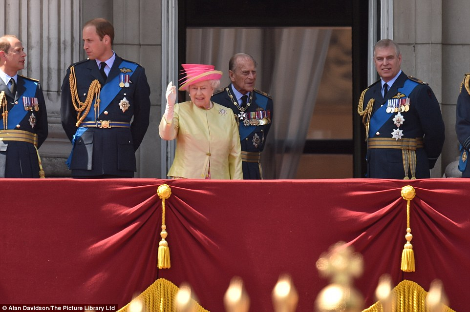 The monarch, dressed in pink and gold, waved to the waiting crowds as Prince William spoke with the Earl of Wessex, left together