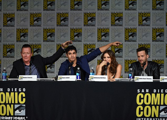 Blame game: Robert andElyes seemed to point over at their fellow co-stars while answering a question
